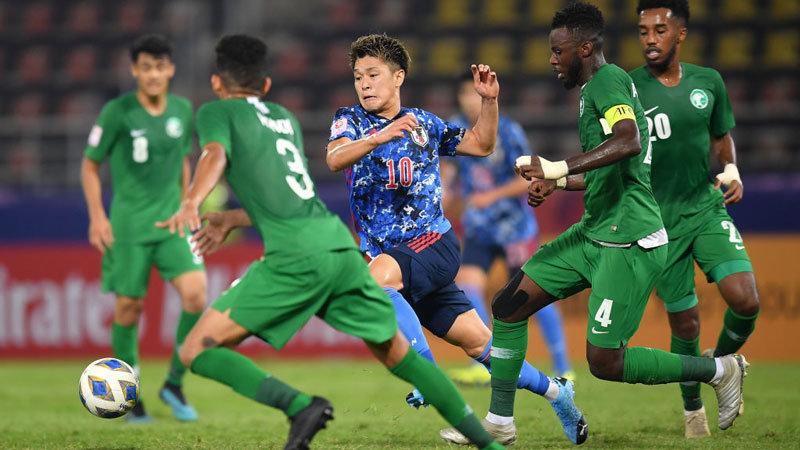 U-23日本代表、食野亮太郎の同点弾で後半攻勢に出るも、ミスからサウジにPKを献上し黒星スタート【AFC U23アジア選手権 2020 ハイライト動画】