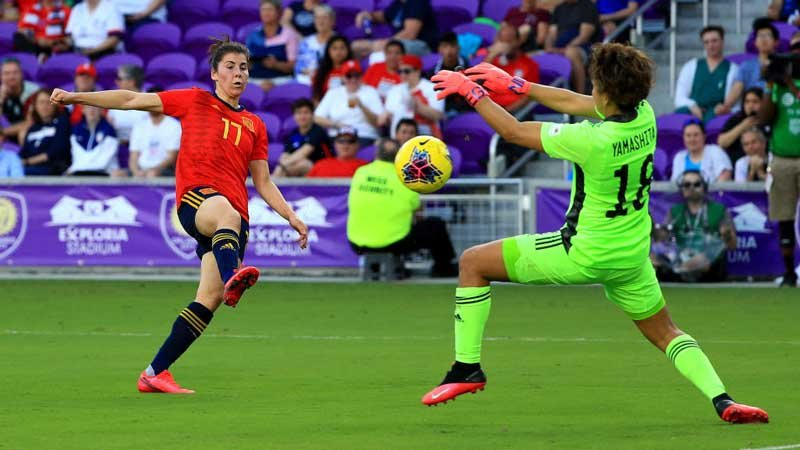 なでしこジャパン、岩渕がスーパーゴール決めるもミス連発でスペインに完敗