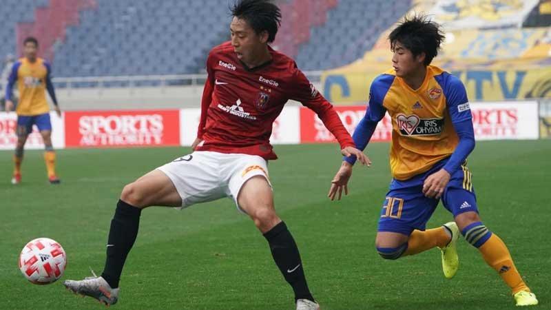 中断明けのJリーグは『5人交代』が刺激に。ポジティブに作用する浦和、横浜FM
